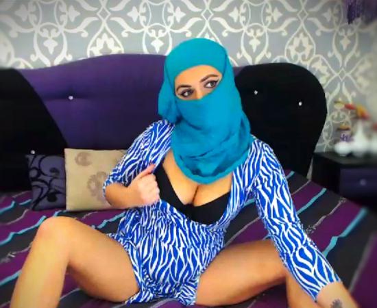 AyllynArabian | CKXGirl.com