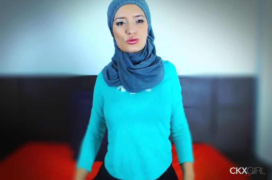 Musliimgiirl  Cokegirlx  Muslim Hijab Girls  Live Sex Shows  Xxx  Cokegirlxcom-2126